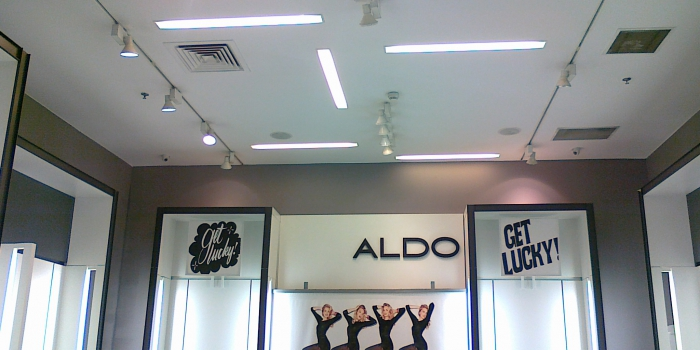 Amenajare spatiu comercial – Aldo, Baneasa Mall
